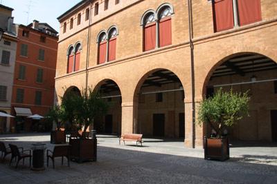 piazza casotti, reggio emilia